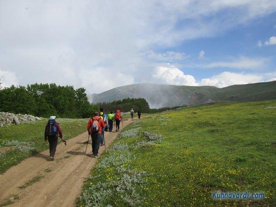 مسیر قله آسمان سرا به سمت هرزویل