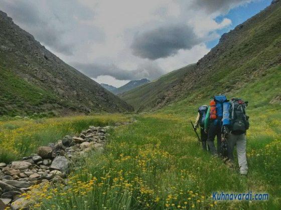 قله آزاد کوه از نسن