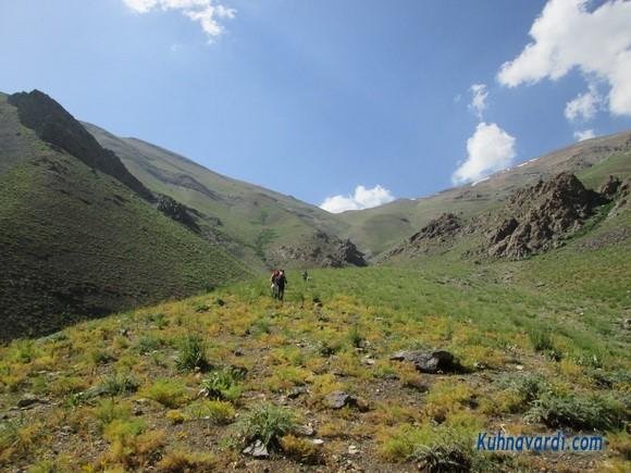 مسیر فرود از قله پلنگ چال