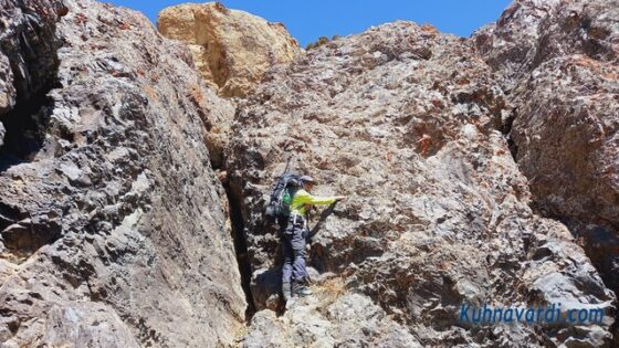قله بارو از کشار (چشمه شاهی) - دست به سنگ دوم