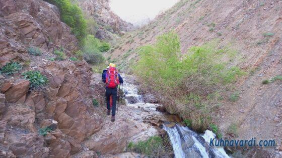 قله سرنسا از گرماب - مسیر دره