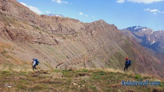 در مسیر قله