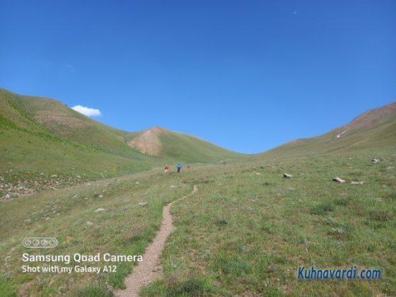 مسیر دره به سمت وارنگه رود
